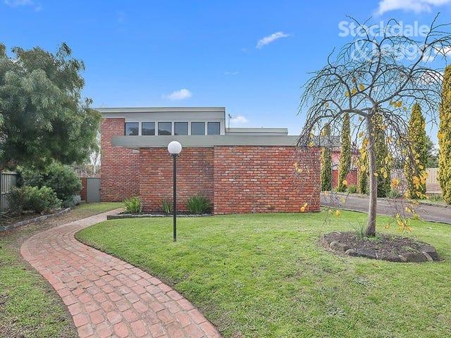 3 Corowa Court, Grovedale, Vic 3216