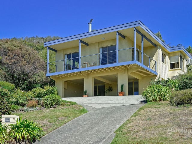 446 Churchill Avenue, Sandy Bay, Tas 7005