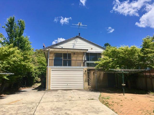 9 Blaxland Rd, Wentworth Falls, NSW 2782