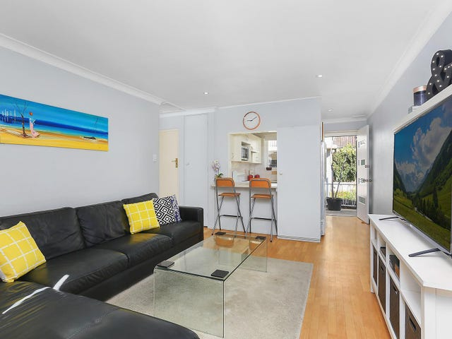 8/15 Sturdee Parade, Dee Why, NSW 2099