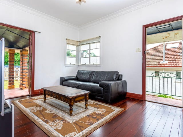 116 Dell Road, St Lucia, Qld 4067
