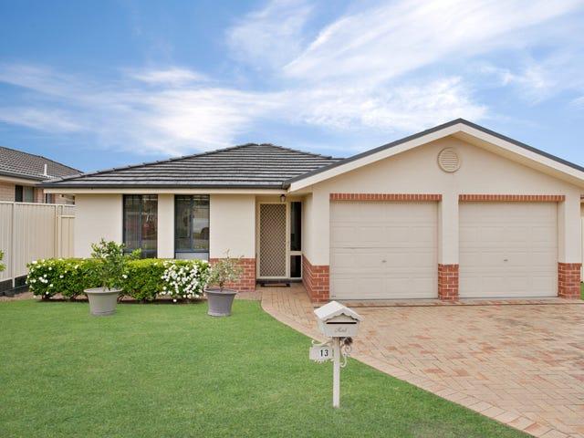 13 Parkside Crescent, Thornton, NSW 2322