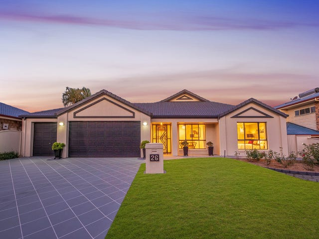 26 Clearmount Crescent, Carindale, Qld 4152