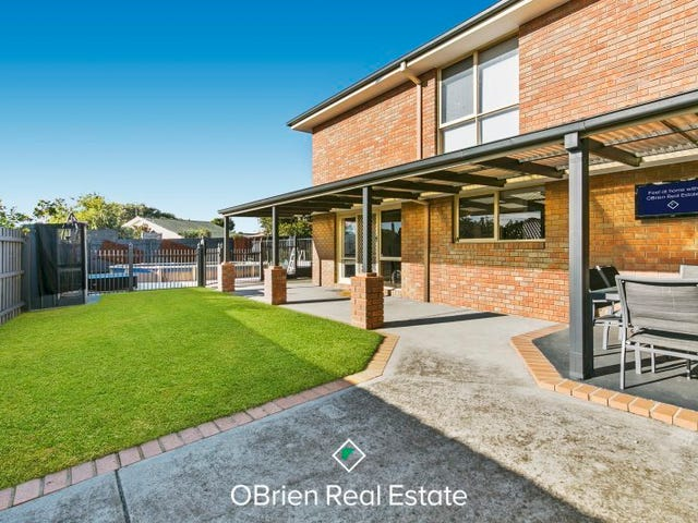 4 Royston Crt, Carrum Downs, Vic 3201