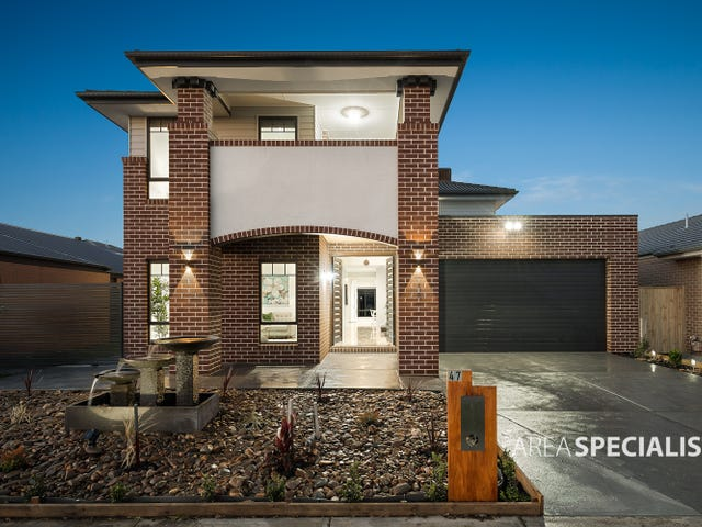 47 Belcam Cct, Clyde North, Vic 3978