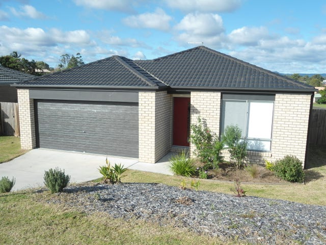 14 Bond Drive, Southside, Qld 4570