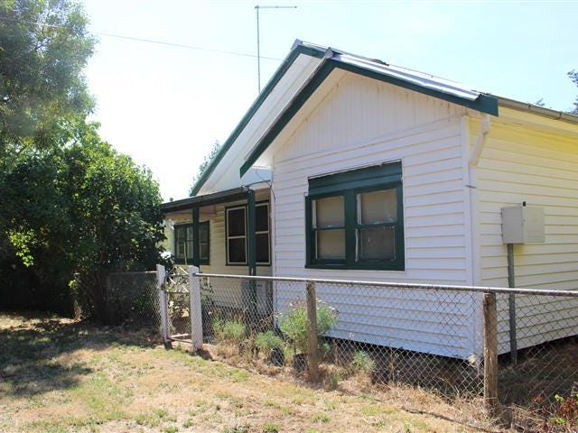 1080 Woodend/ Romsey Road, Hesket, Vic 3442