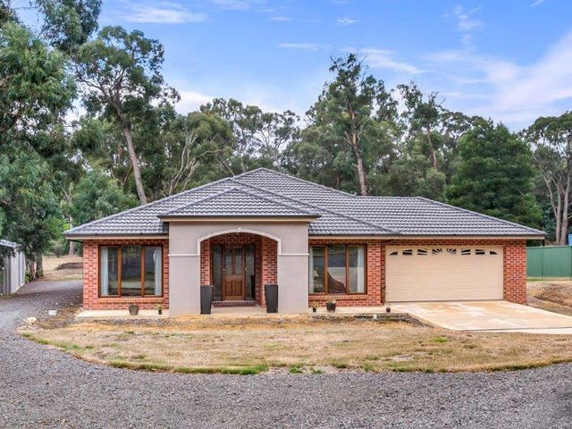 7 White Hills Road, Creswick, Vic 3363