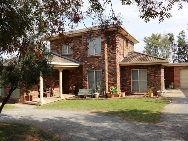 3 Normoyle Cresent, Young, NSW 2594