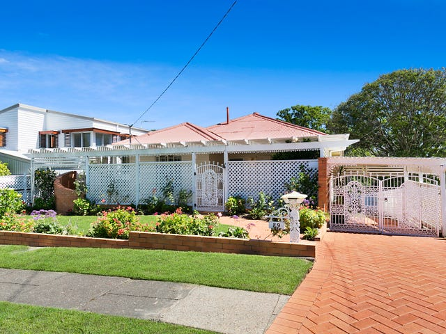 89 Waverley Road, Camp Hill, Qld 4152