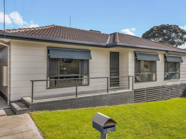 2A Pethard Place, Golden Square, Vic 3555