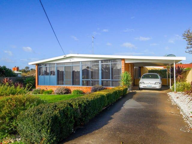 157 Madden Street, Devonport, Tas 7310