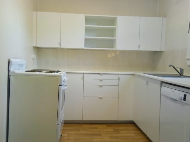 11 Rosebery Street, Heathcote, NSW 2233