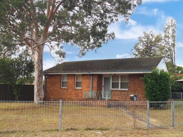 8 Palmyra Road, Lethbridge Park, NSW 2770