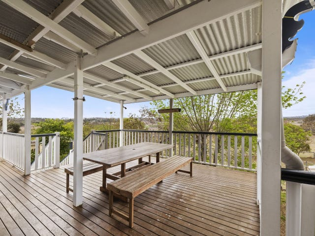 4 Junction Drive, Gowrie Junction, Qld 4352