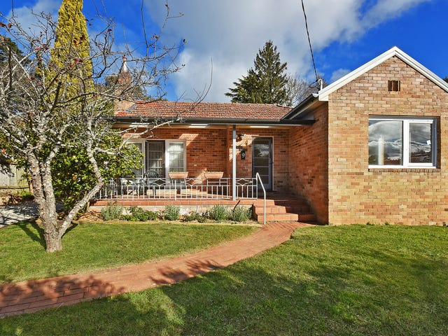 9 Birdwood Avenue, Katoomba, NSW 2780