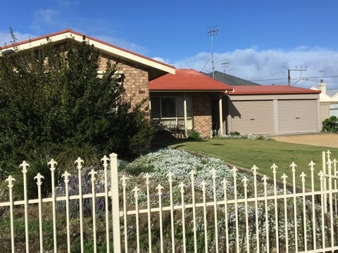 17 Hutchinson Street, Goolwa, SA 5214