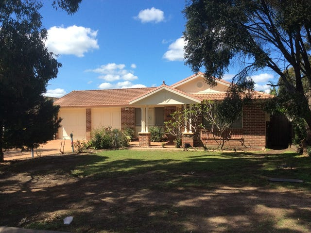 8 The Lakes Drive, Glenmore Park, NSW 2745