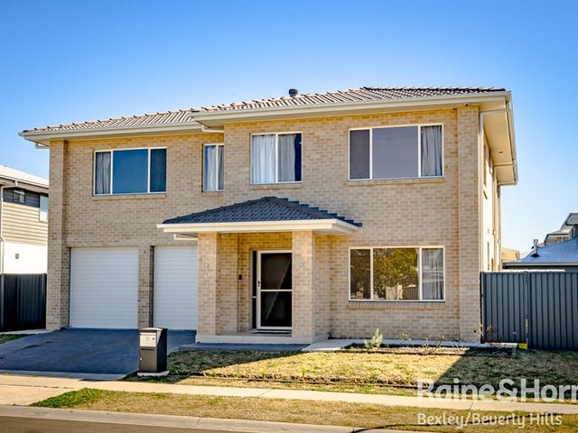 77 Coach Drive, Voyager Point, NSW 2172