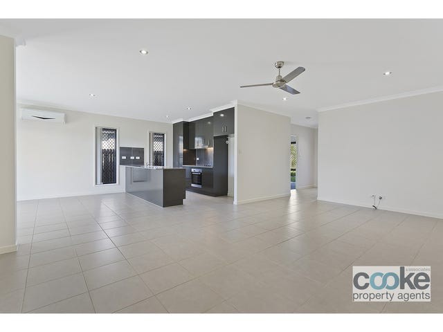 7 Diploma Street, Norman Gardens, Qld 4701