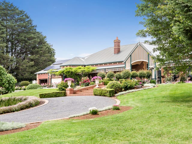 30 Aitken Road, Wandin East, Vic 3139