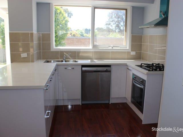 13 Richborough Grove, Ferntree Gully, Vic 3156