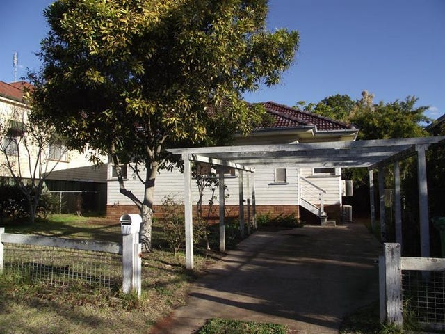 14a Atkinson Street, South Toowoomba, Qld 4350