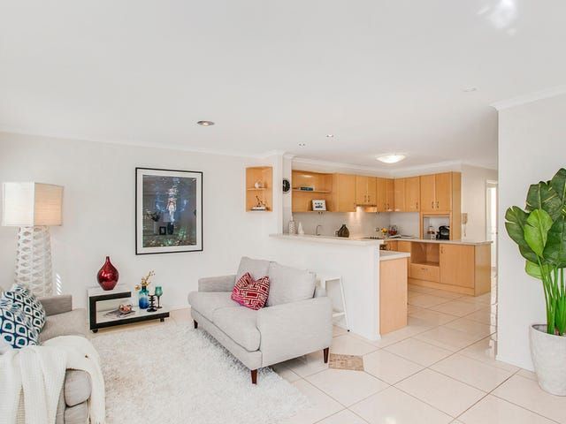 1/206 Jefferson Lane, Palm Beach, Qld 4221