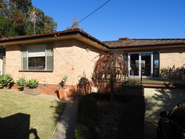 323 Chambers Avenue, East Albury, NSW 2640
