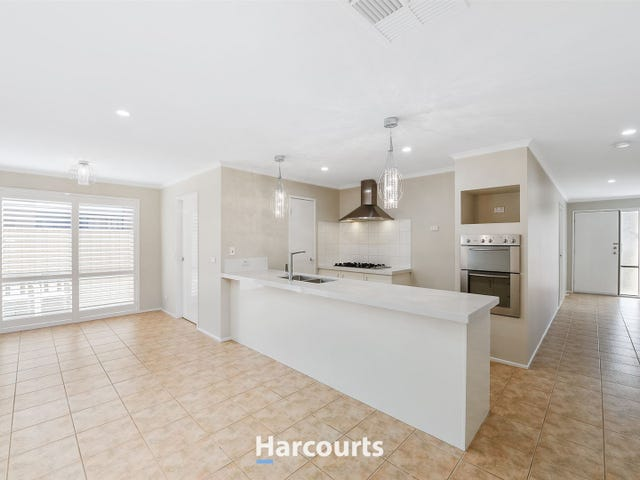 1 Dover Court, Narre Warren South, Vic 3805