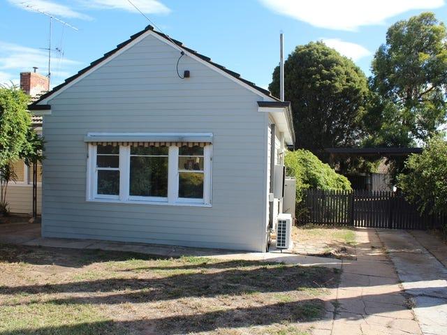 10 Rosemont Crescent, Kennington, Vic 3550