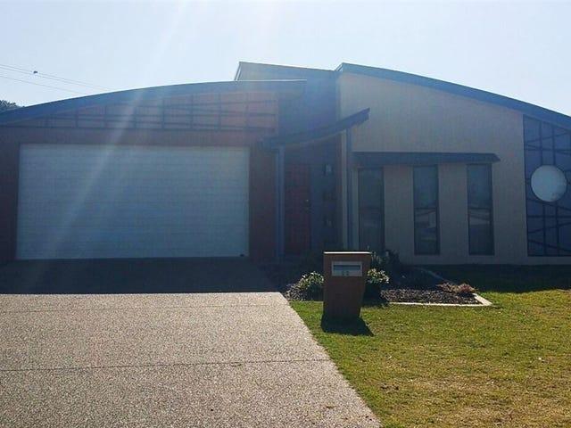 13 Wave Court, Toogoom, Qld 4655