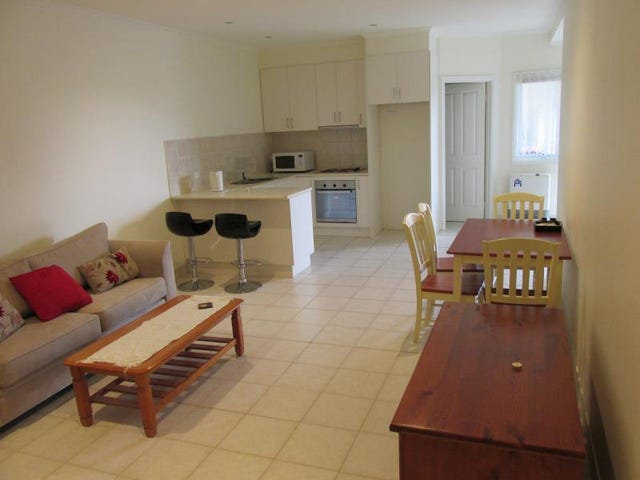 LOWER LEVEL 120 GRANDVIEW ROAD, Wheelers Hill, Vic 3150