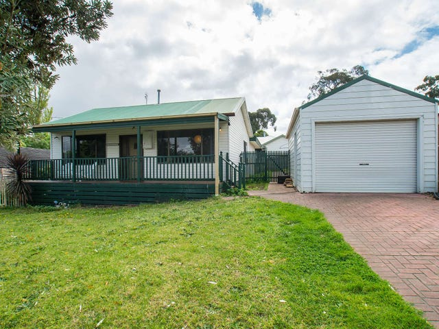 5 Clematis Avenue, Ferntree Gully, Vic 3156