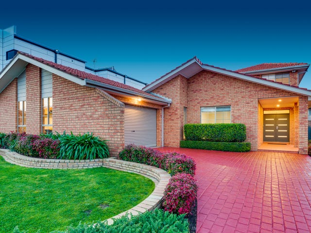 10 Holowko Court, Taylors Lakes, Vic 3038
