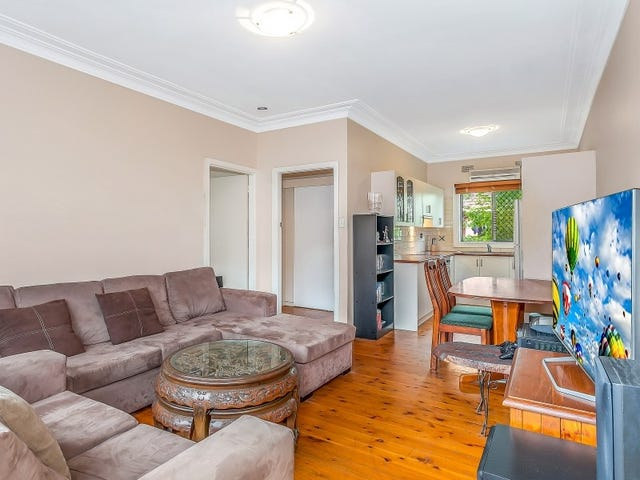 Unit 2/8 Armstrong Street, West Wollongong, NSW 2500