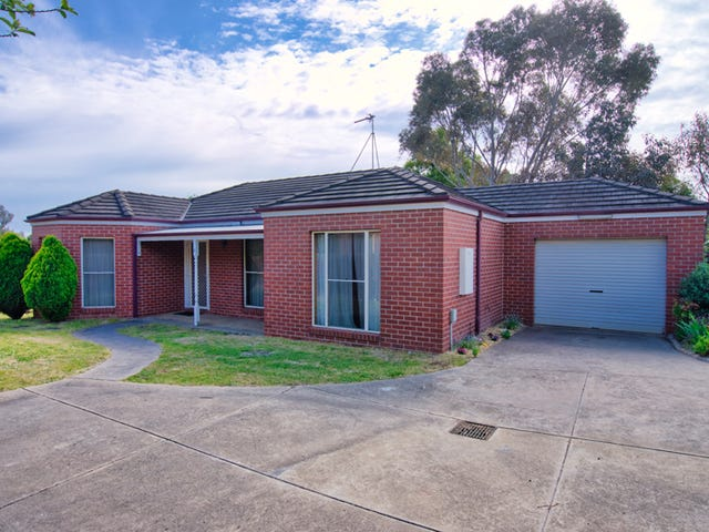3/8 Bacchus Road, Mount Clear, Vic 3350