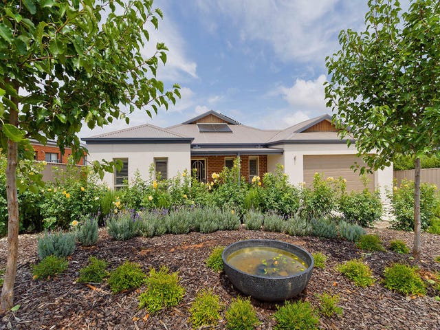 6 Phyllis Crescent, Castlemaine, Vic 3450