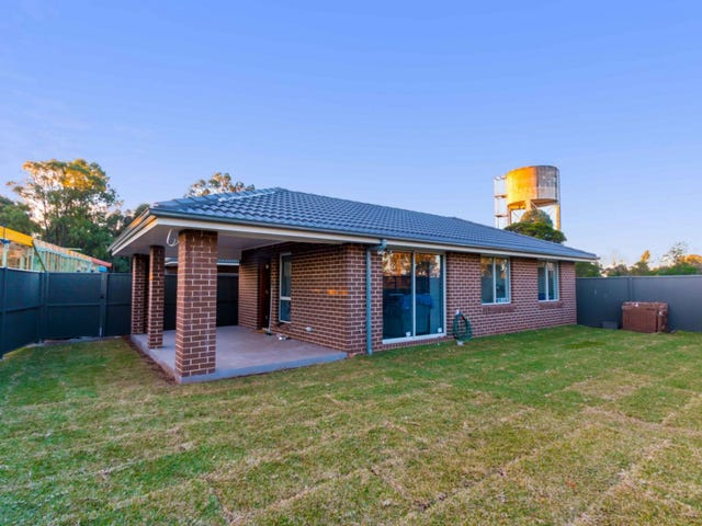 56a Liddiard St, Ropes Crossing, NSW 2760