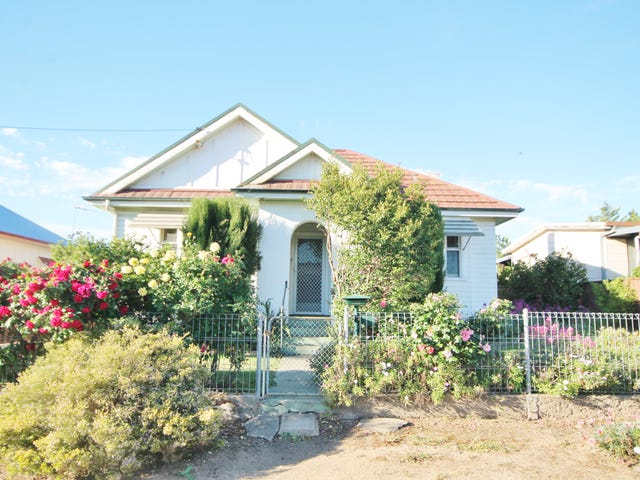 171 Nasmyth Street, Young, NSW 2594
