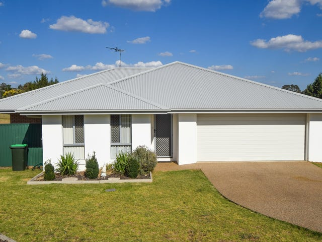 14 Molloy Place, Young, NSW 2594
