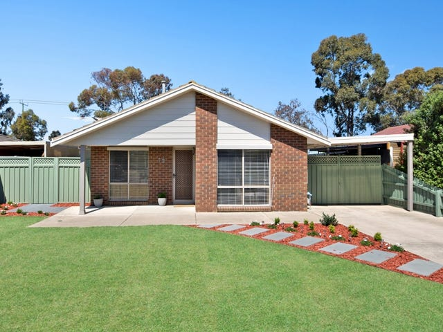 13 Trent Close, Werribee, Vic 3030
