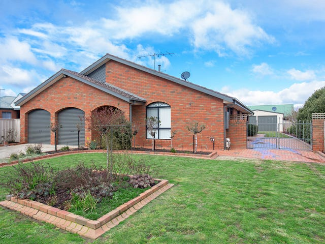 15 Wicklow Drive, Invermay Park, Vic 3350