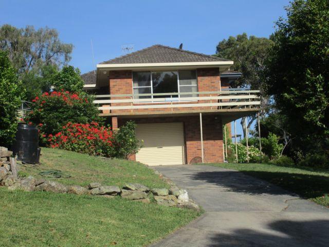 19 Canberra Crescent, Burrill Lake, NSW 2539