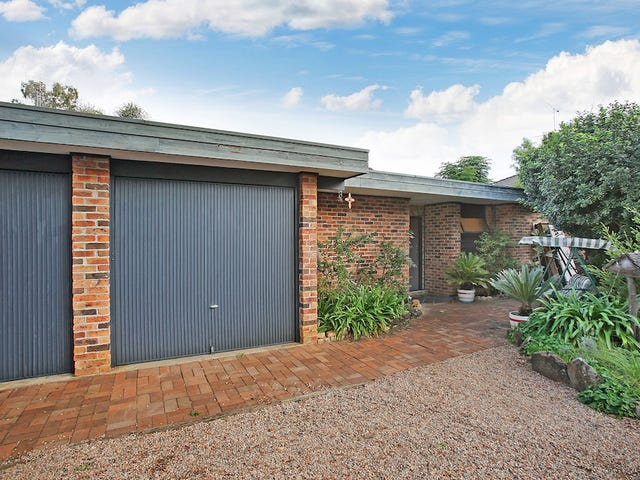 10 Suffolk Place, Tahmoor, NSW 2573