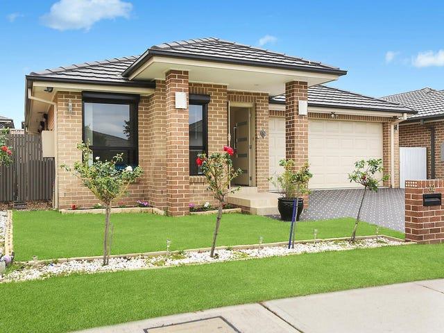 32 Charlie Street, Middleton Grange, NSW 2171