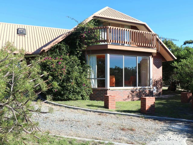 16 Pacific Drive, Binalong Bay, Tas 7216