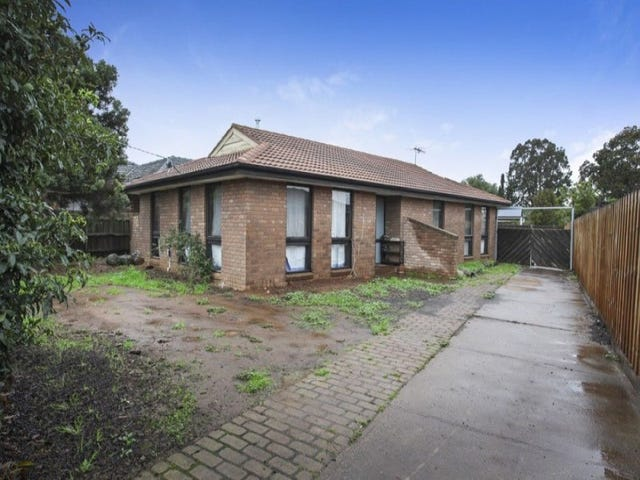 84 Station Road, Melton South, Vic 3338