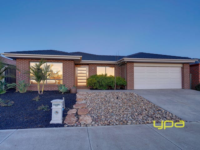 10 Clearwater Rise Parade, Truganina, Vic 3029