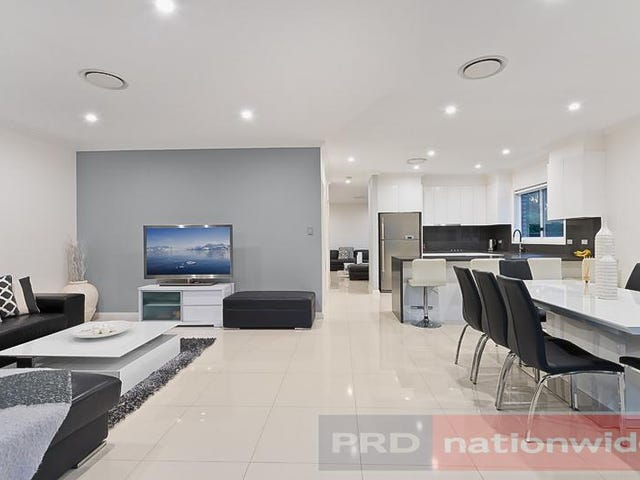 897 Henry Lawson Drive, Picnic Point, NSW 2213